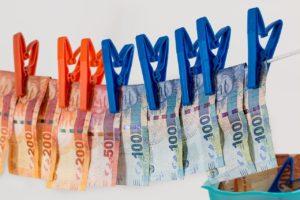 money-laundering-stevepb, Puxabay